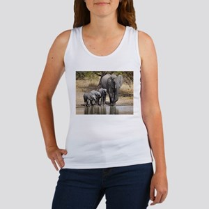 Elephant mom and babies Tank Top